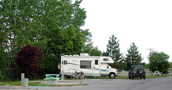 Parked At A Campground Near My Office The Cowboy RV Park Is Part Of Nice Mobile Home And Seems To Do Very Good Business